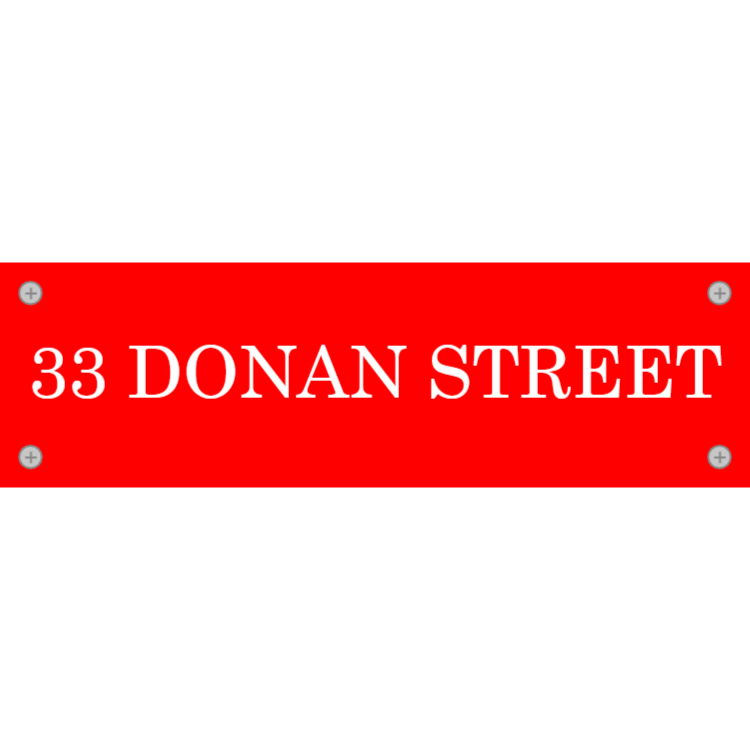 Red letterbox plate